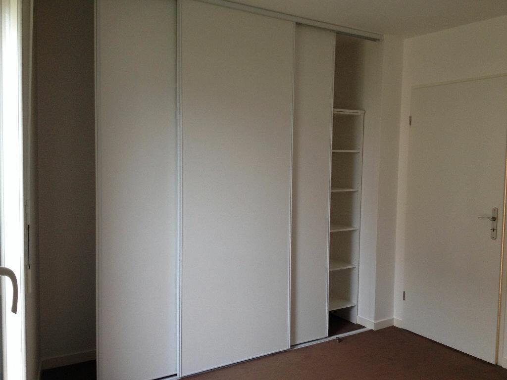 Appartement à louer 2 47.33m2 à Ferrières-en-Brie vignette-4