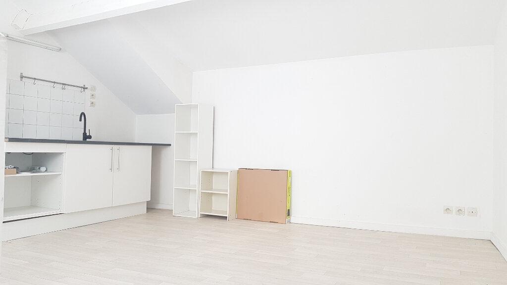 Appartement à louer 2 32.06m2 à Dampmart vignette-2