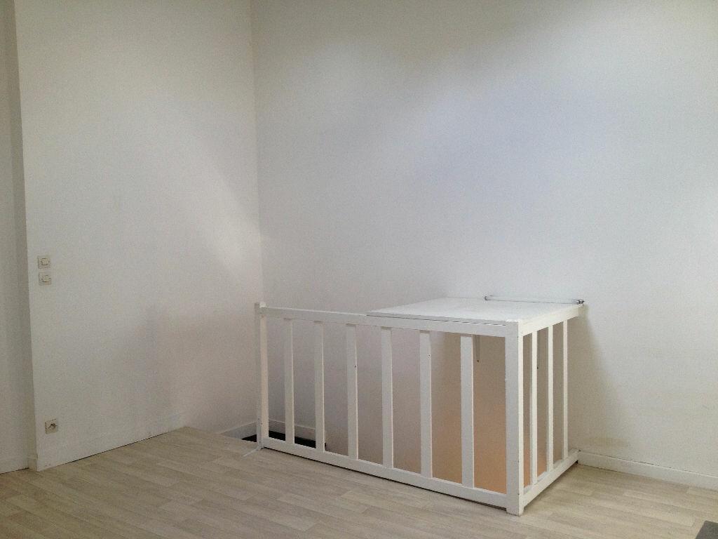 Appartement à louer 2 32.06m2 à Dampmart vignette-3