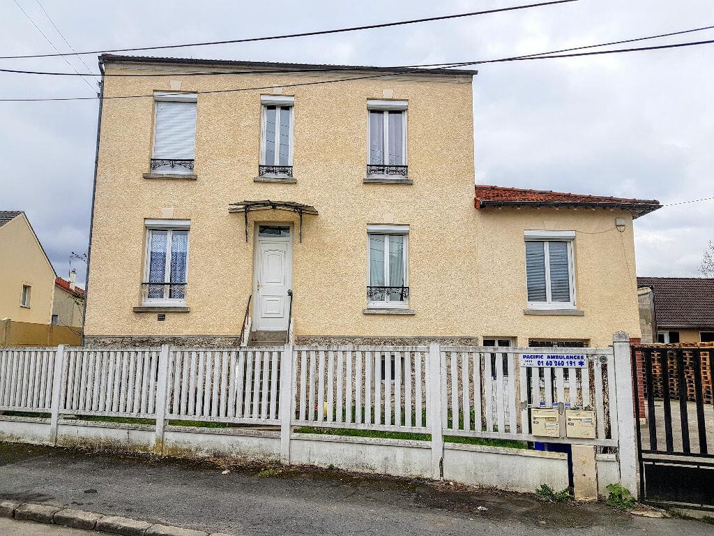Maison à louer 4 74.36m2 à Lagny-sur-Marne vignette-1