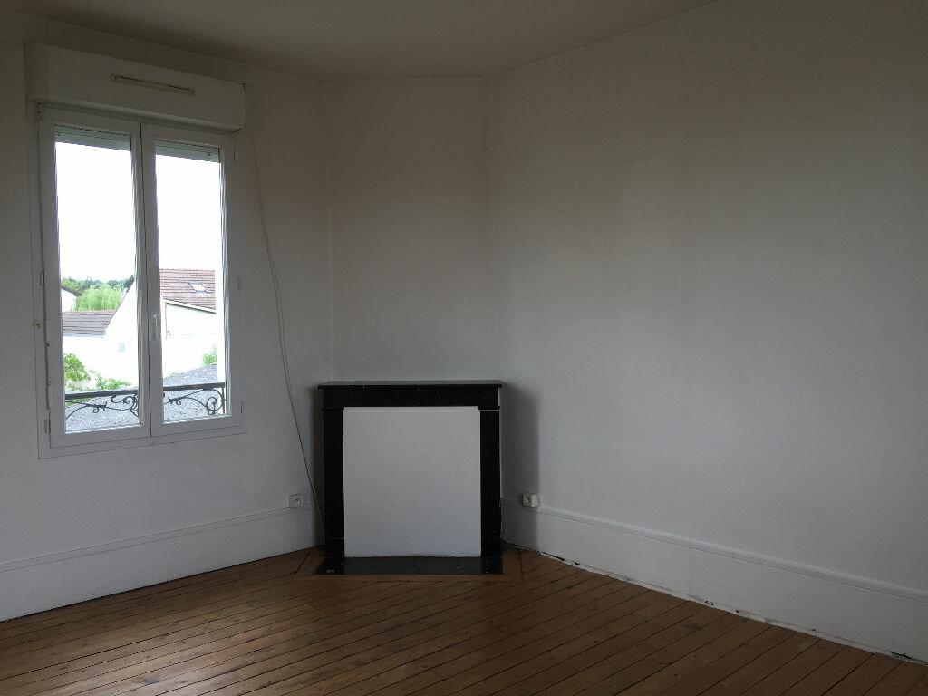 Maison à louer 4 74.36m2 à Lagny-sur-Marne vignette-4