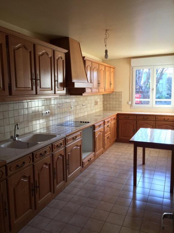 Appartement à louer 3 83.03m2 à Lagny-sur-Marne vignette-3