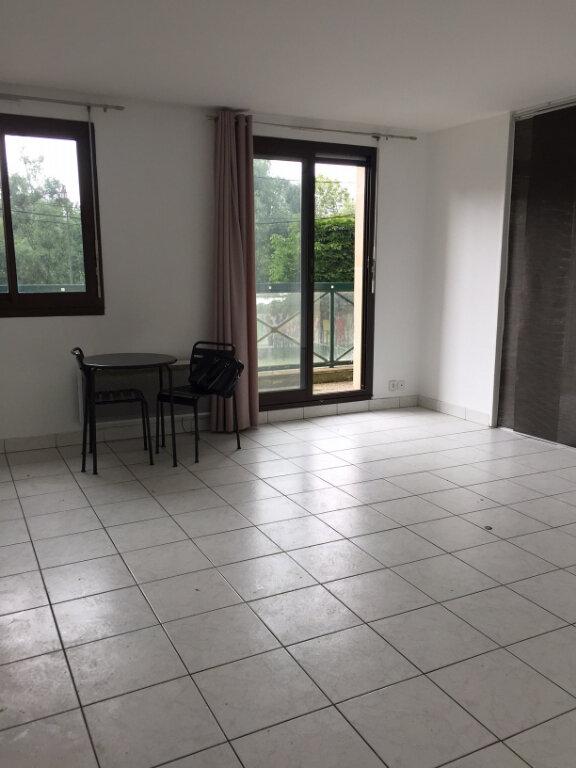 Appartement à louer 1 44.81m2 à Gournay-sur-Marne vignette-1