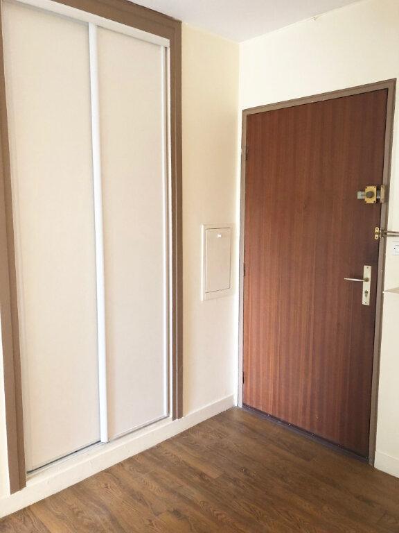 Appartement à louer 2 50.43m2 à Vaires-sur-Marne vignette-9