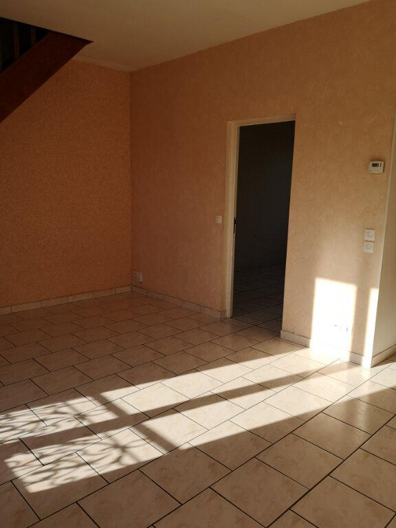 Appartement à louer 3 51.61m2 à Saint-Thibault-des-Vignes vignette-4