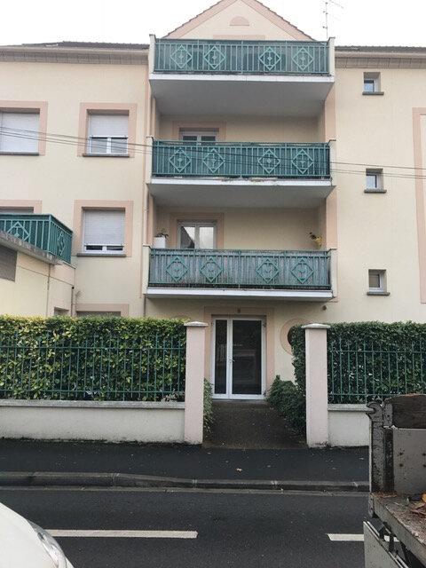 Appartement à louer 1 37.77m2 à Esbly vignette-2