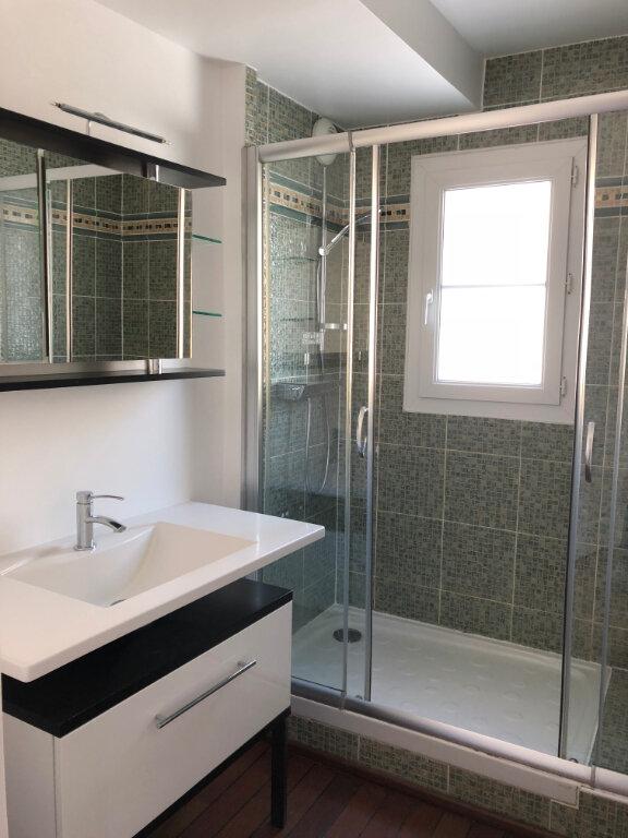 Appartement à louer 3 67.86m2 à Vaires-sur-Marne vignette-4