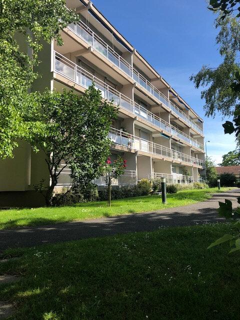Appartement à louer 5 92.59m2 à Vaires-sur-Marne vignette-1