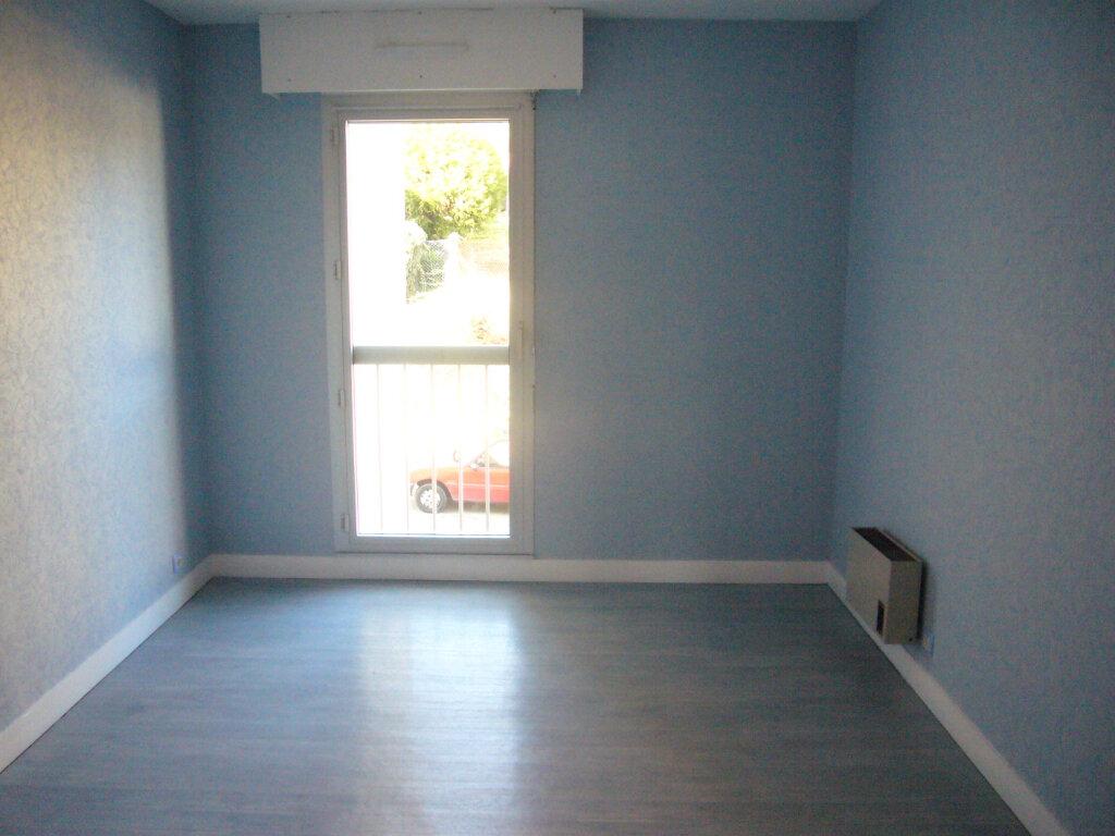 Appartement à louer 3 67.09m2 à Thorigny-sur-Marne vignette-3
