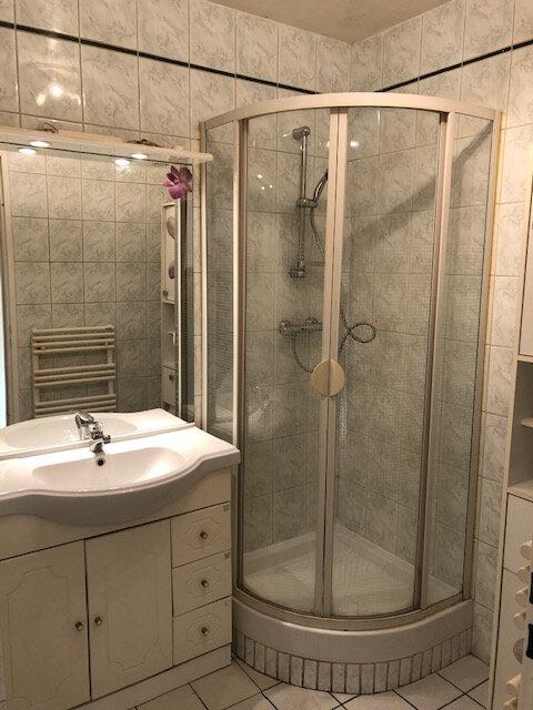 Appartement à louer 3 65.83m2 à Vaires-sur-Marne vignette-4