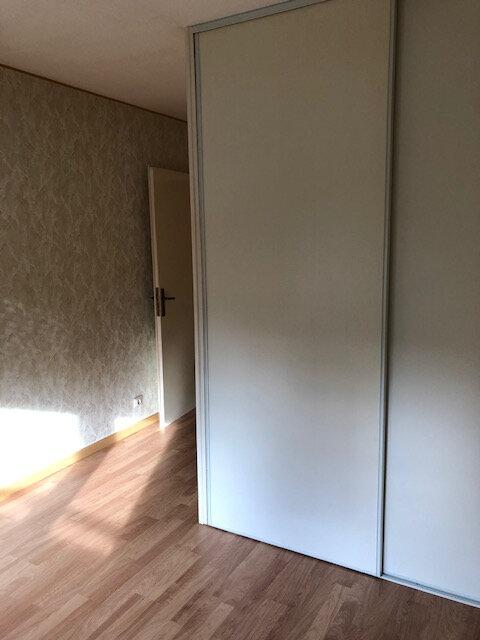 Appartement à louer 3 65.83m2 à Vaires-sur-Marne vignette-6