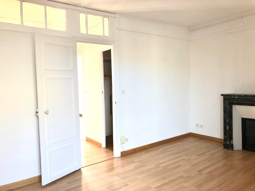 Appartement à louer 3 61.03m2 à Lagny-sur-Marne vignette-4