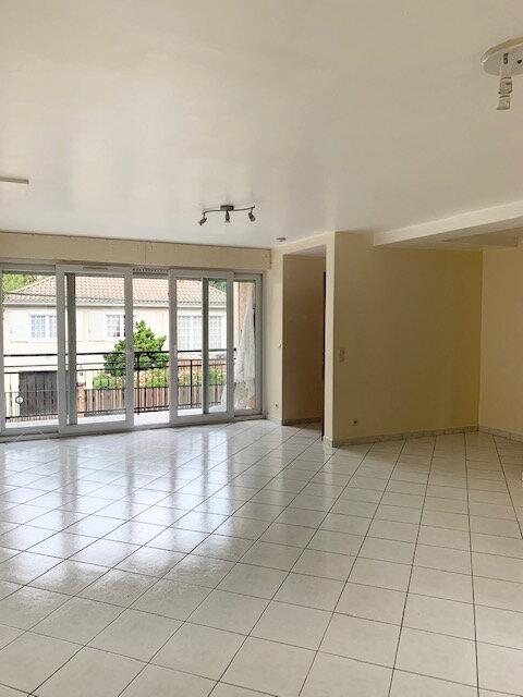 Appartement à louer 2 53.25m2 à Lagny-sur-Marne vignette-2
