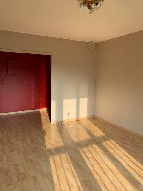 Appartement à louer 3 63m2 à Brou-sur-Chantereine vignette-2