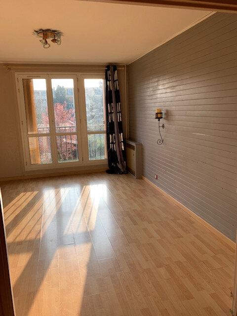 Appartement à louer 3 63m2 à Brou-sur-Chantereine vignette-3