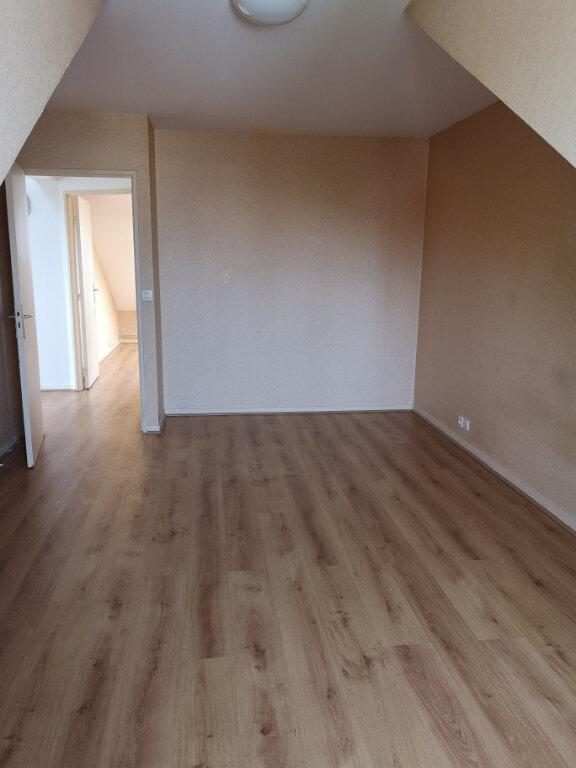 Appartement à louer 3 68.08m2 à Gournay-sur-Marne vignette-2