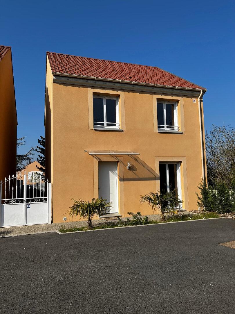 Maison à louer 4 91.55m2 à Saint-Thibault-des-Vignes vignette-1