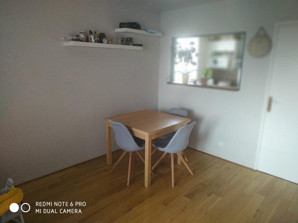 Appartement à louer 3 63.97m2 à Vaires-sur-Marne vignette-2