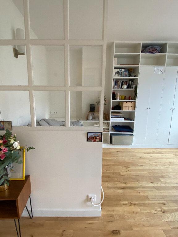 Appartement à louer 1 19.57m2 à Paris 18 vignette-3