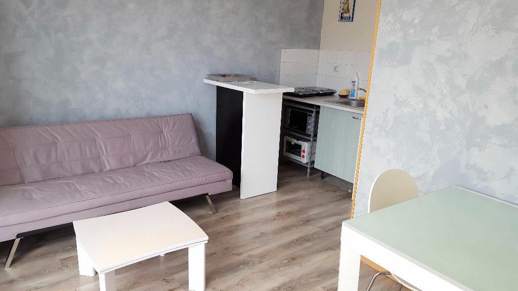 Appartement à louer 1 23m2 à Toulouse vignette-3