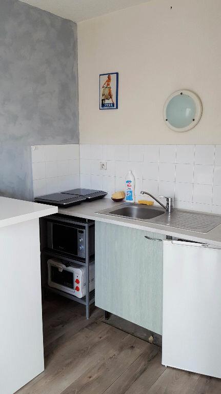 Appartement à louer 1 23m2 à Toulouse vignette-4