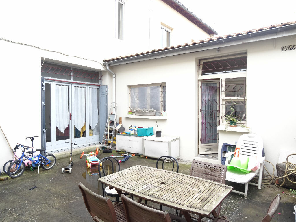 Appartement bordeaux 50 m t 3 vendre 150 000 orpi for Appartement bordeaux orpi