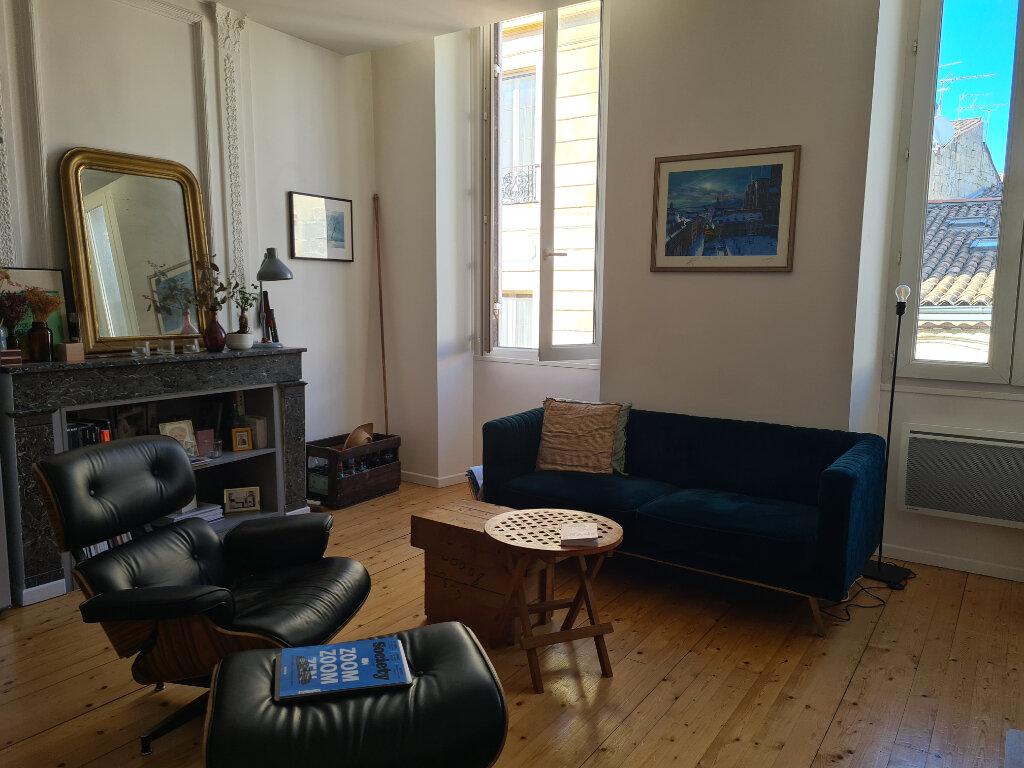 Appartement à louer 3 55.58m2 à Bordeaux vignette-1