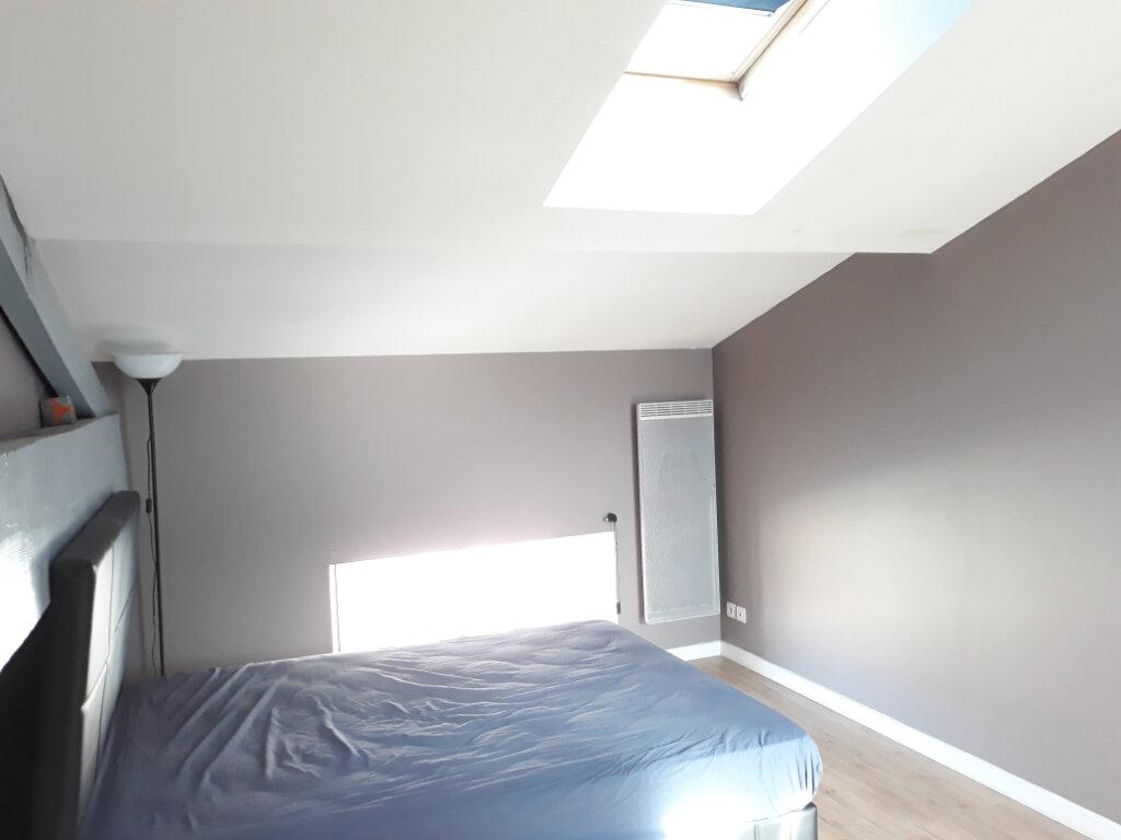 Appartement à vendre 5 144.82m2 à Bordeaux vignette-2