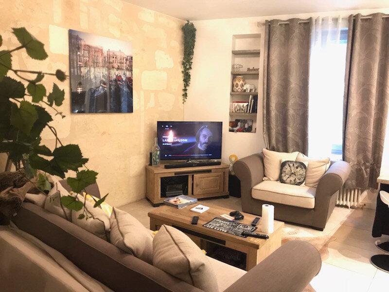Appartement à louer 3 50.19m2 à Bordeaux vignette-1