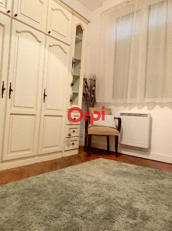 Appartement à louer 2 70m2 à Bordeaux vignette-7