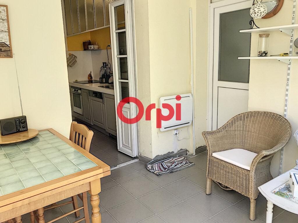 Appartement à louer 2 70m2 à Bordeaux vignette-8