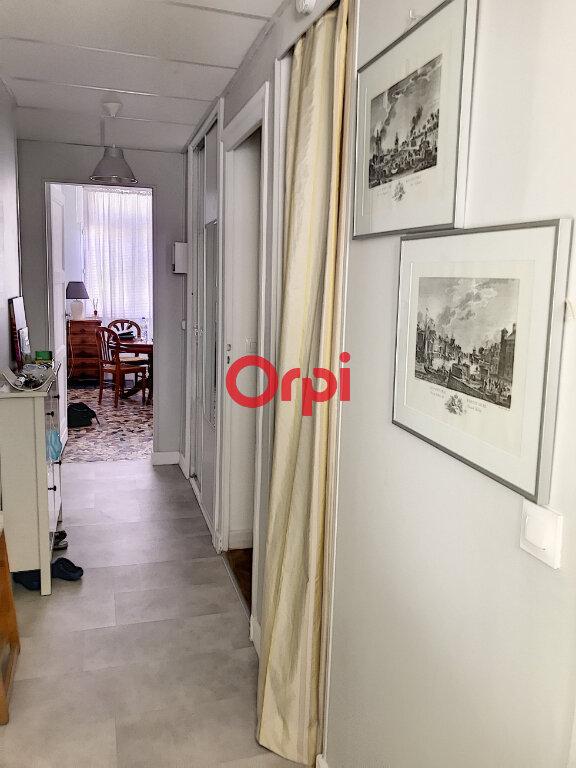 Appartement à louer 2 70m2 à Bordeaux vignette-9