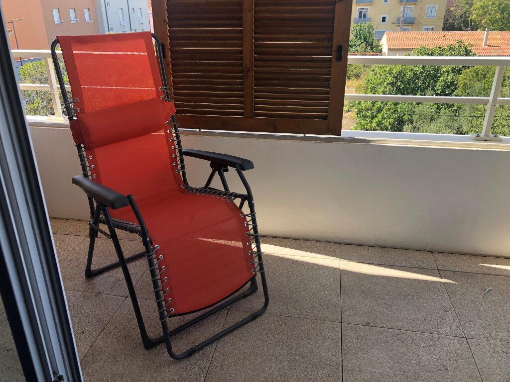 Appartement à louer 2 37.23m2 à Miramas vignette-6