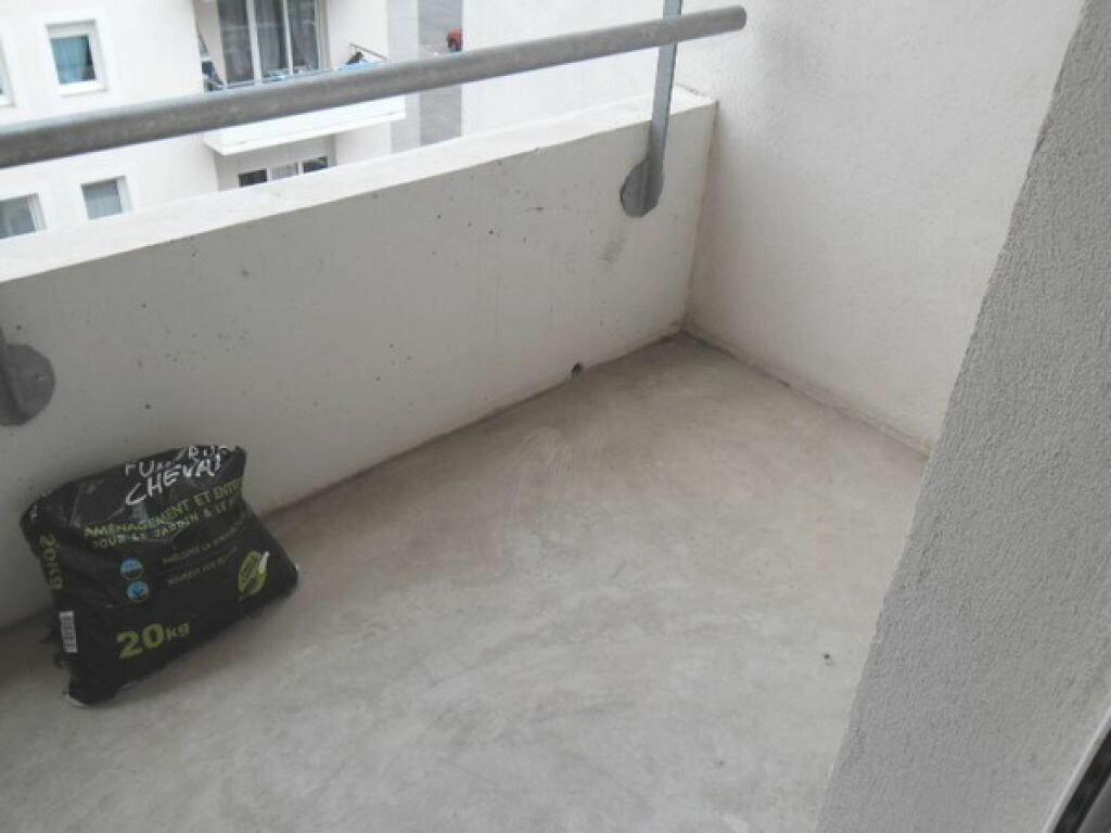 Appartement à louer 3 55.22m2 à Miramas vignette-3