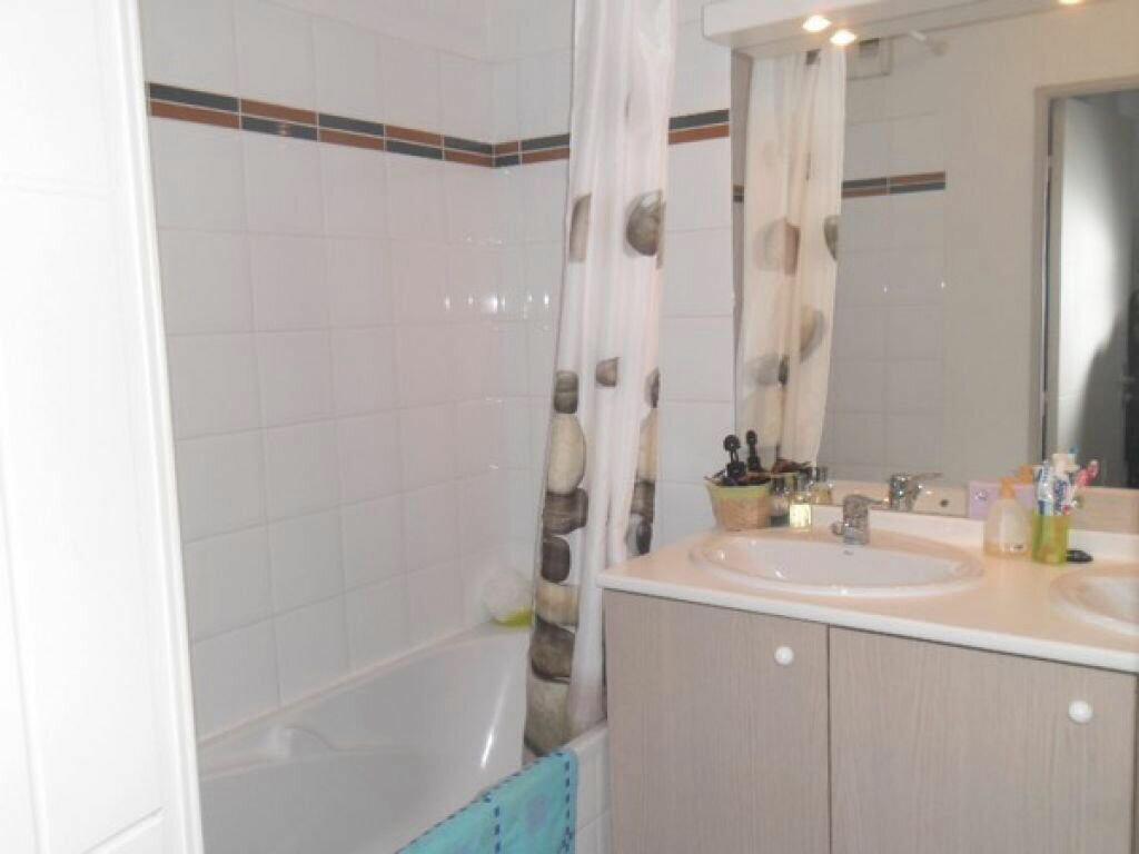 Appartement à louer 3 55.22m2 à Miramas vignette-6