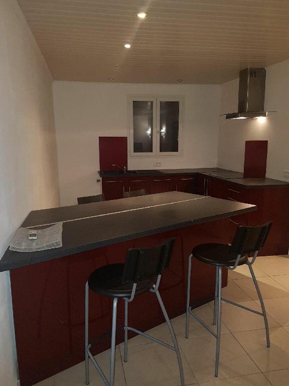 Appartement à louer 2 44m2 à Istres vignette-1