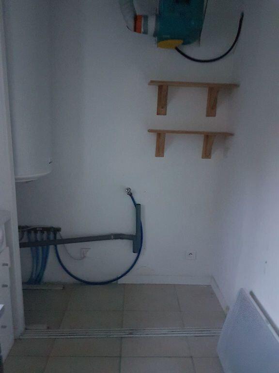 Appartement à louer 2 44m2 à Istres vignette-8