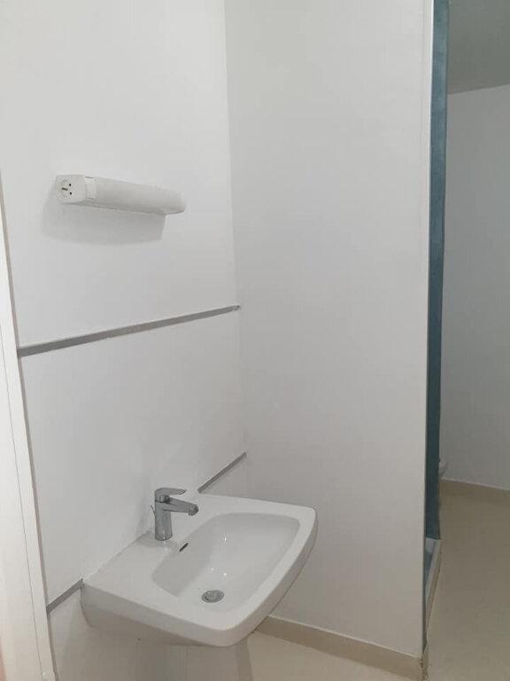 Appartement à louer 2 34.13m2 à Cavaillon vignette-4