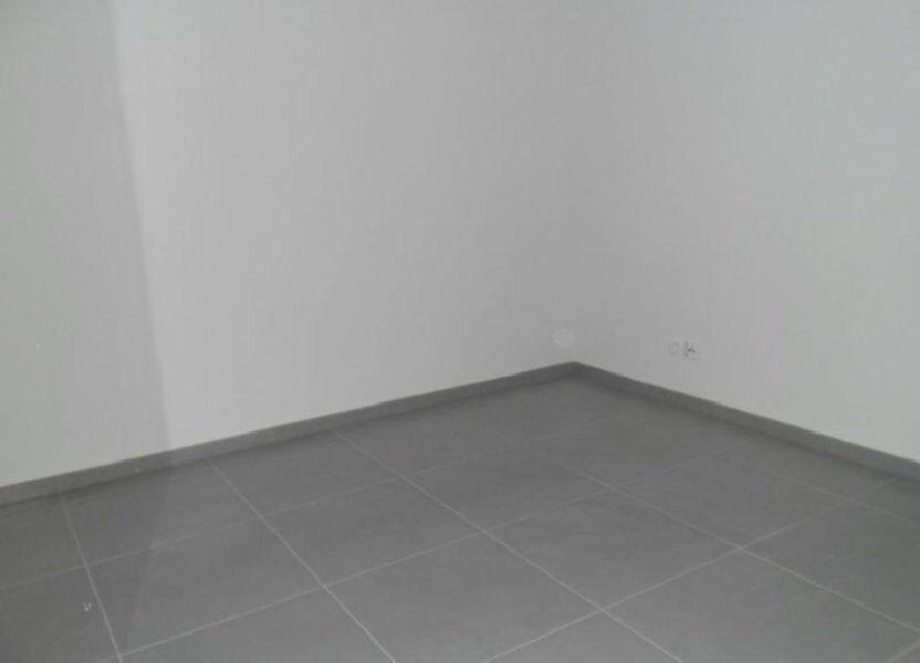 Appartement à louer 3 63.07m2 à Istres vignette-4