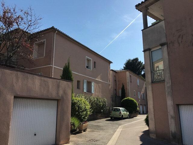 Appartement à louer 1 30.5m2 à Salon-de-Provence vignette-4