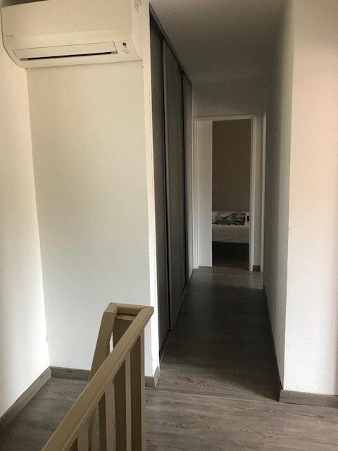 Appartement à louer 4 91.41m2 à Saint-Martin-de-Crau vignette-8
