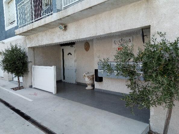 Appartement à louer 2 38.65m2 à Martigues vignette-3