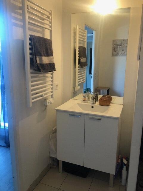 Appartement à louer 2 40.07m2 à Istres vignette-4