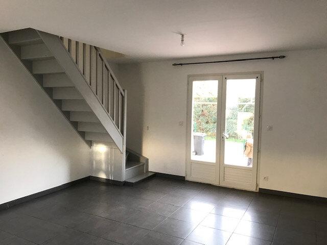 Maison à louer 4 73.45m2 à Mouriès vignette-2