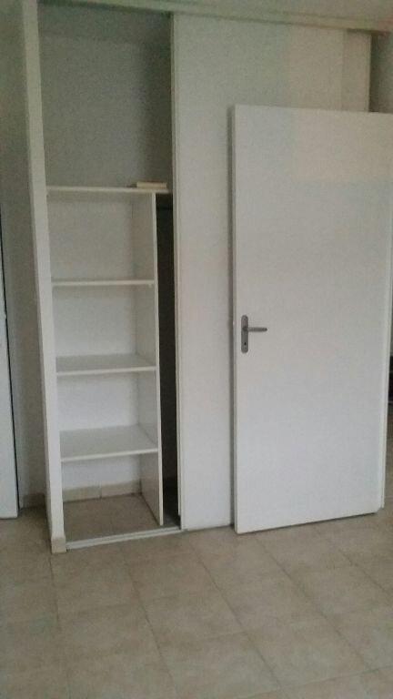 Appartement à louer 2 42.45m2 à Miramas vignette-6