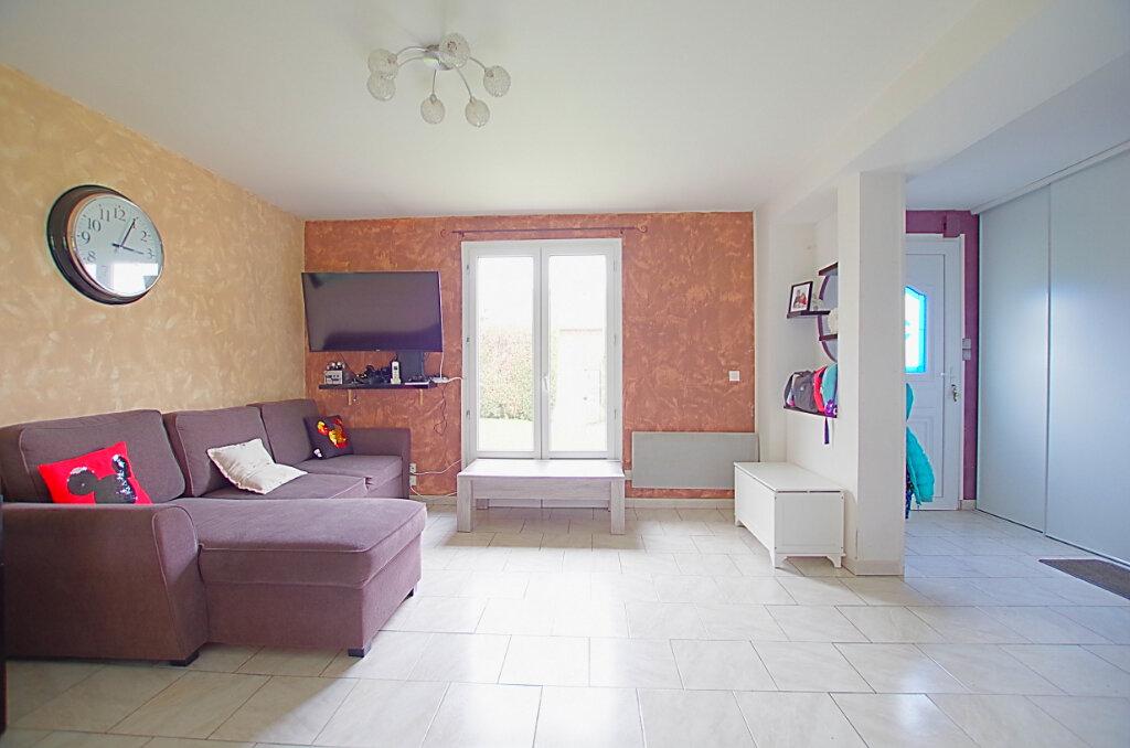 Maison à vendre 4 101.56m2 à Gruny vignette-3