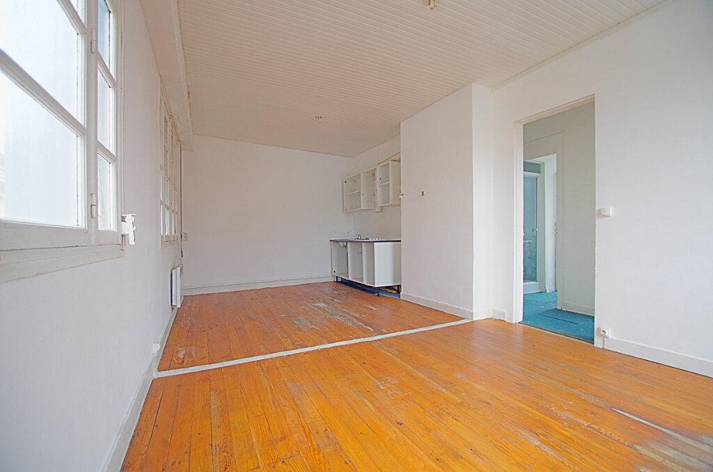 Maison à vendre 9 163.37m2 à Roye vignette-6