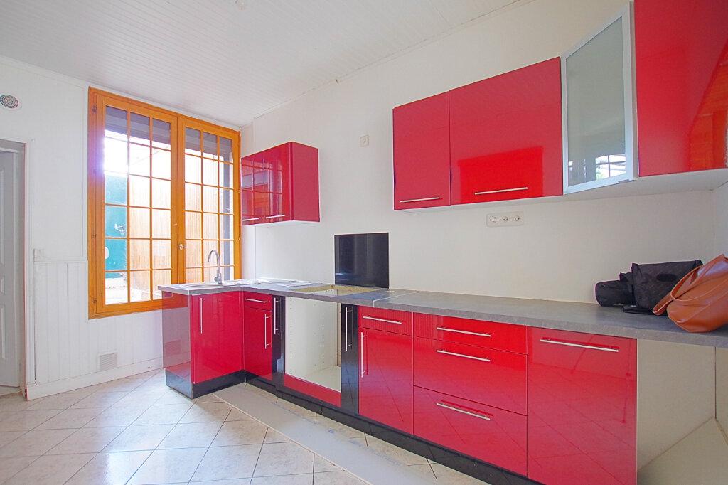 Maison à louer 4 75.61m2 à Roye vignette-2