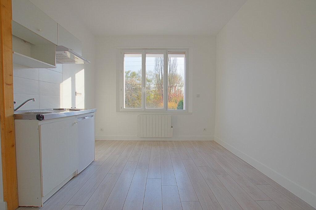 Appartement à louer 3 42.7m2 à Roye vignette-2