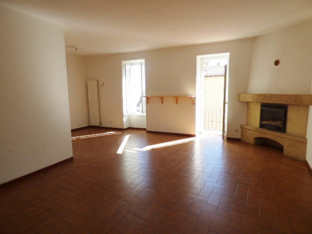 Maison à louer 6 142m2 à Sernhac vignette-2